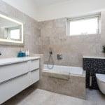 Nyt badeværelser med mange detaljer